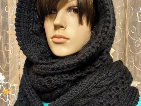Вязаный шарф - капюшон
