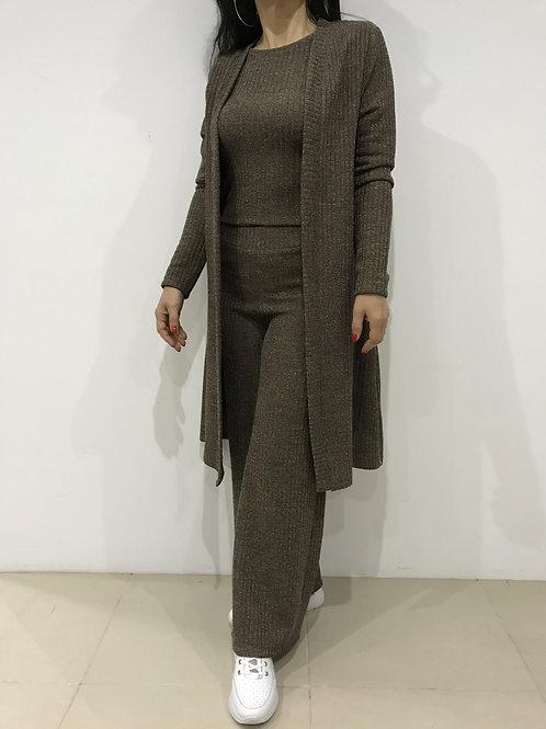 Conjunto de calça larga, camisola e casaco de malha FAME
