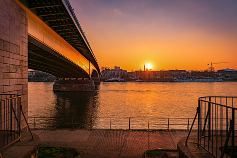 Kennedybrücke
