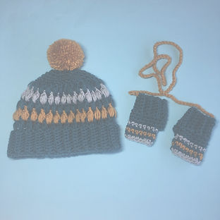 knit crochet hat and gloves