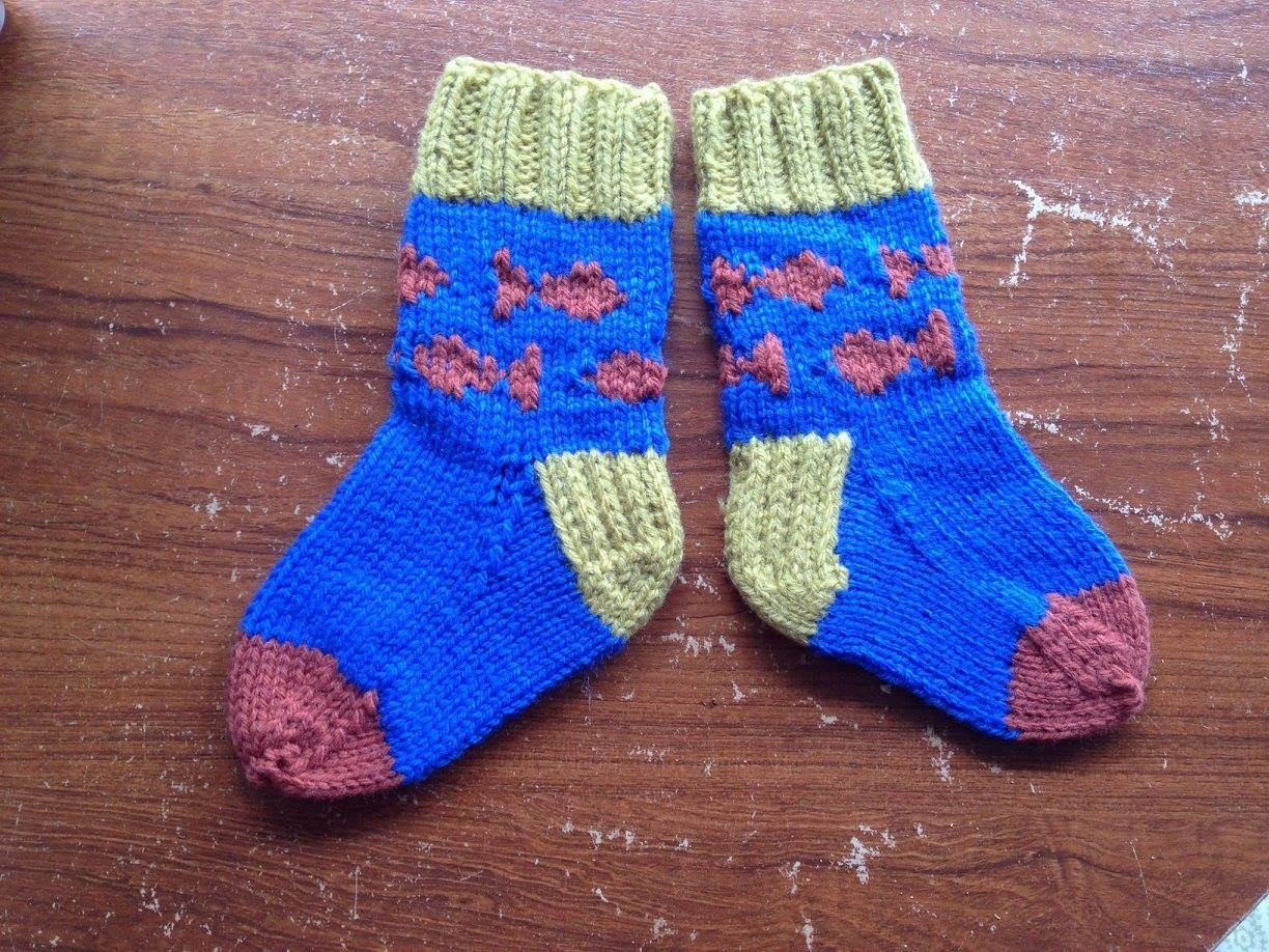 Knitted Fish toddler socks
