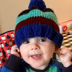 Cute knitted baby stripe bobble hat