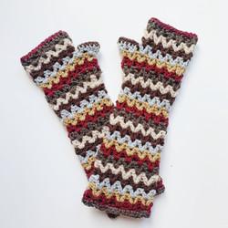 Hand Crocheted Arm Warmers Fingerless Mittens Wrist Warmers Chevron Brown Cream Neutral