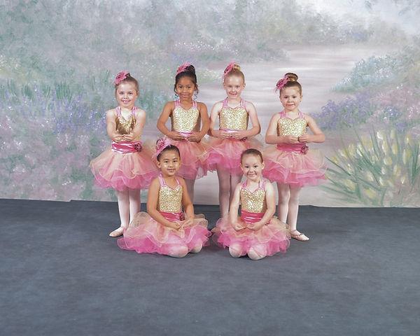 DSC0032_group_4-Music Box Dancer_group.J