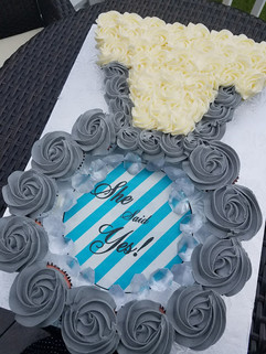 Engagement Ring Cupcake Cake.jpg