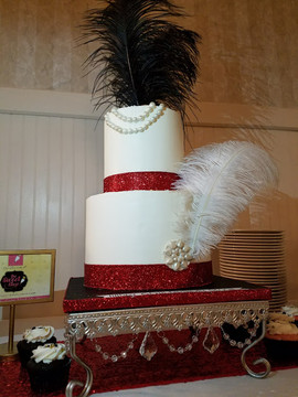Old Hollywood Glam Cake-2.jpg