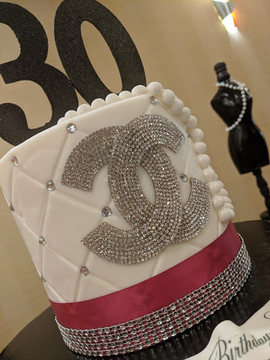 Chanel Inspired Single Tiered Cake.jpg