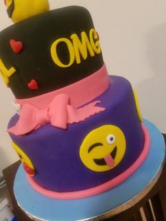 Emoji Birthday Cake-2.jpg