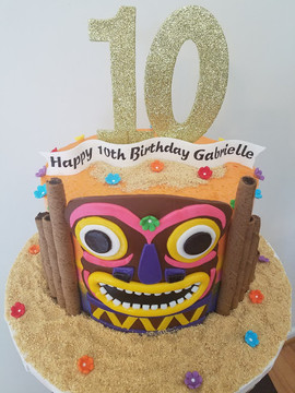Luau Birthday Cake-2.jpg