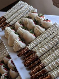 Rustic Wedding Dessert Table2.jpg