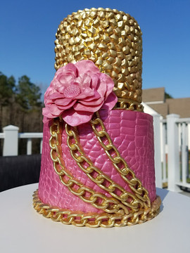 Textures and Chains Cake-1.jpg