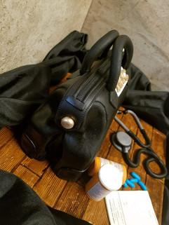 Doctor Bag Cake-5.jpg