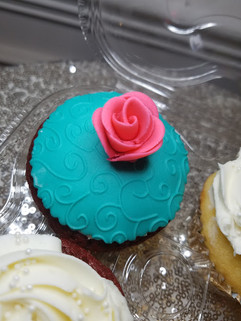 Tea Party Cupcakes-1.jpg