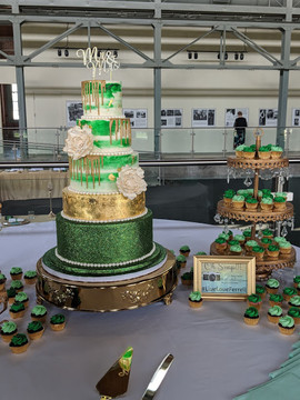 Emerald Green 5 Tier Wedding Cake-5.jpg