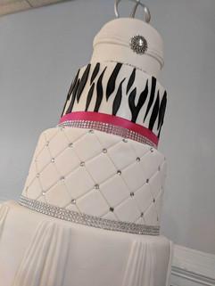 4-Tier Zebra and Fuschia Wedding Cake5.j