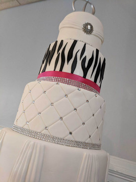 4-Tier Zebra and Fuschia Wedding Cake5.j