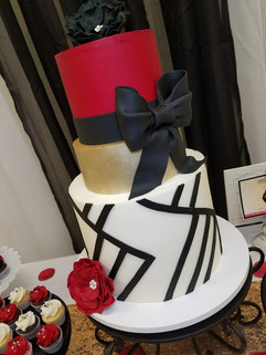Geometric Cake and Table-3.jpg
