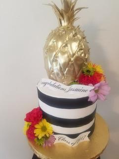 Gold Pineapple Graduation Cake.jpg