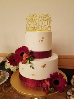 Ribbon-Gold Foil Wedding Cake-1.jpg