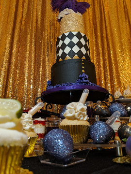Masquerade Dessert Table-4.jpg