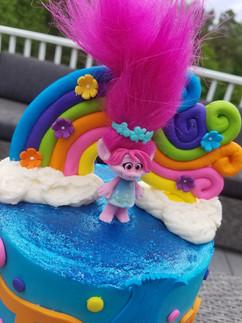 Trolls Theme Cake3.jpg