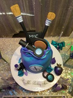 Make-Up Bag-2.jpg