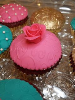 Tea Party Cupcakes-2.jpg