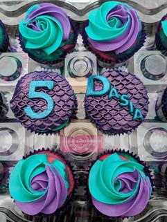Mermaid Inspired Cupcakes-3.jpg