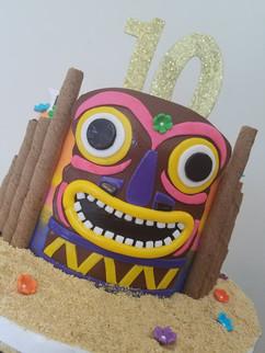 Luau Birthday Cake-3.jpg