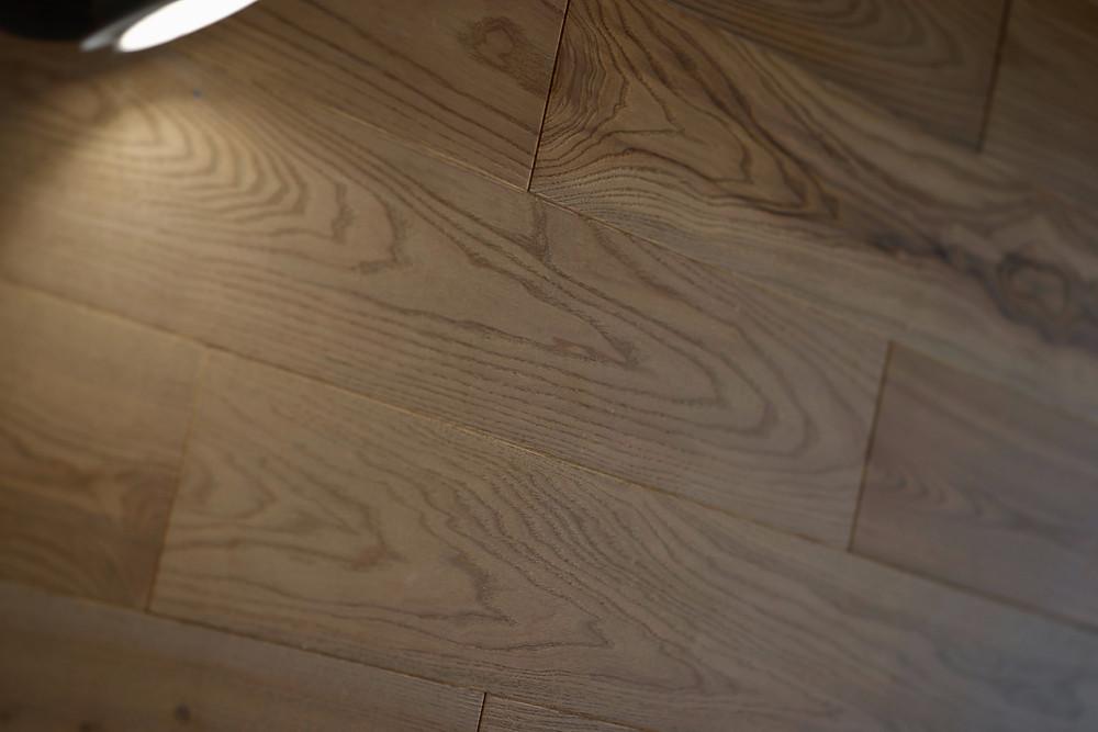 Natural looking beach house hardwood floors