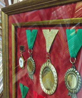 Оформление медалей.
