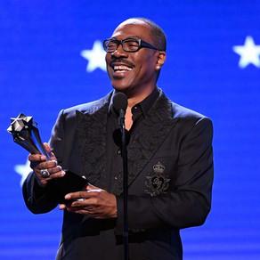 Critics' Choice Awards | Eddie Murphy é homenageado com prêmio no evento
