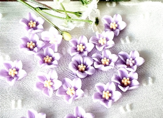 Flower Resin Cabochon 13mm - 15pc  Lilac