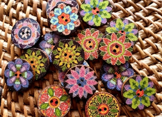 Retro Wood Rounds - Embellishments Mixed x 20 pieces