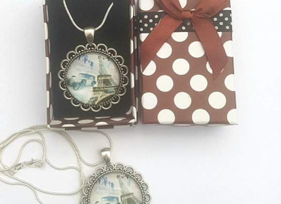 French Connection- Pendant with Gift Box