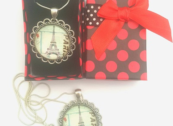 Timeless France - Pendant with Gift Box
