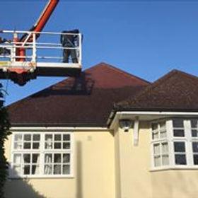 big roof cherry picker.jpg