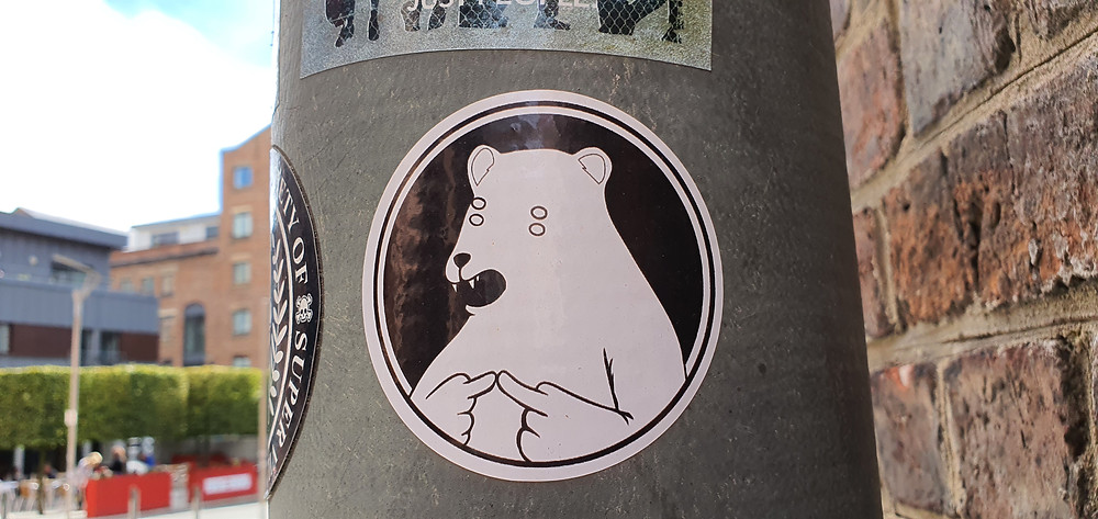 A sticker of a rather nervous bear (Credit: The Liverpudlian/PeterEricLang).