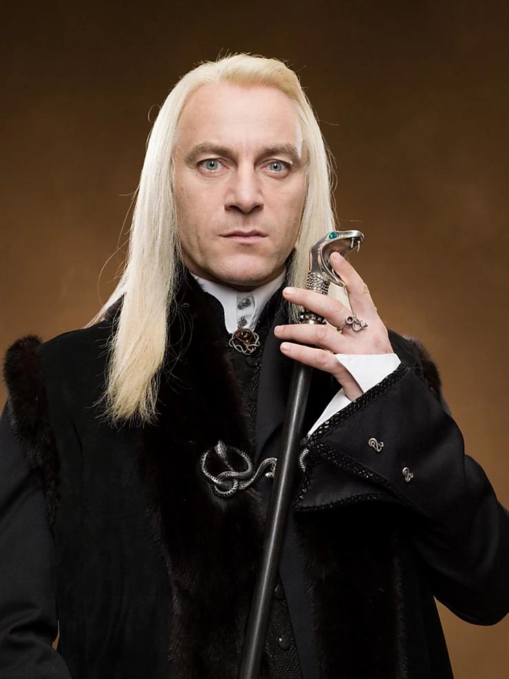 Jason Isaacs portraying his iconic character Lucius Malfoy (Credit: Warner Bros.).