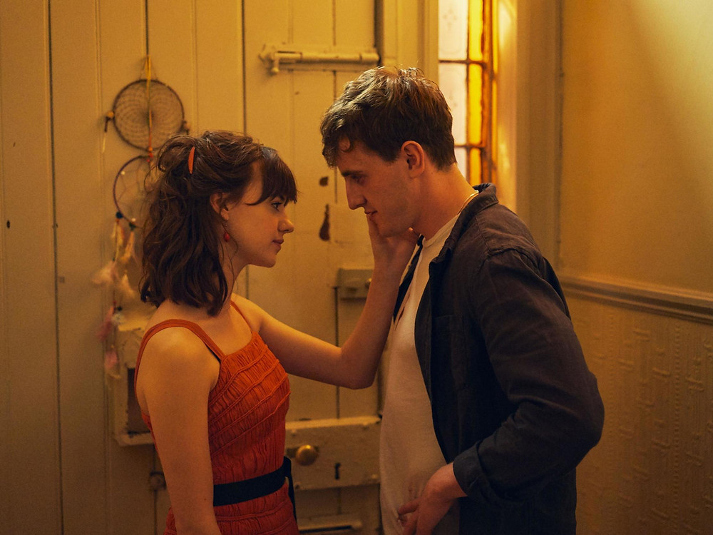 Paul Mescal and Daisy Edgar-Jones being incredible together in 'Normal People' (Credit: BBC).
