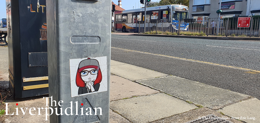 'Shhh' sticker outside of Home Bargains in Prenton (Credit: The Liverpudlian/ Peter Eric Lang).