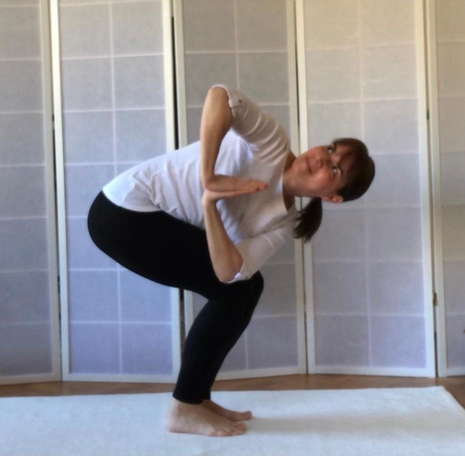 Corporate Yoga, Luni, Miercuri, Vineri