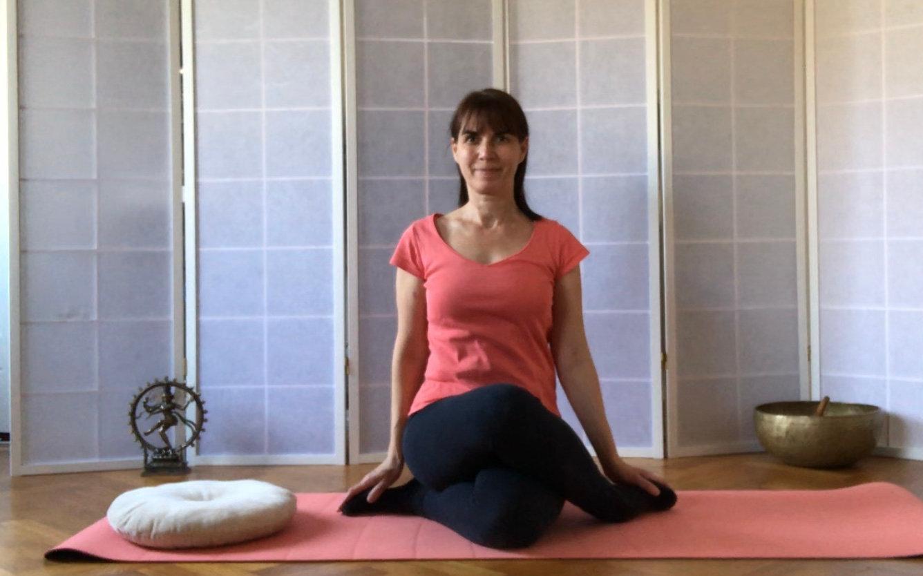 Miercuri 10:00CET Yoga pt toti