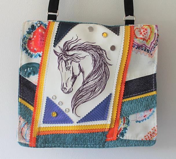 Horse Messenger