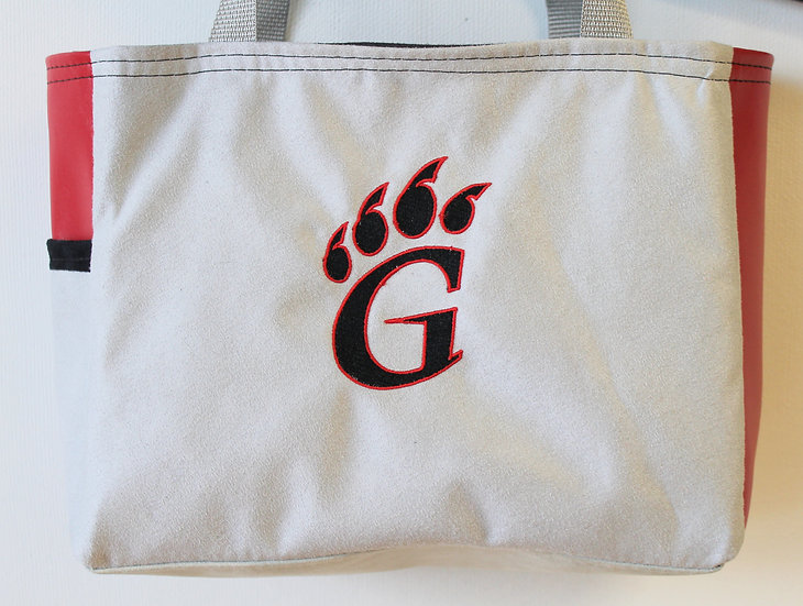 Gillett Sports Pawprint