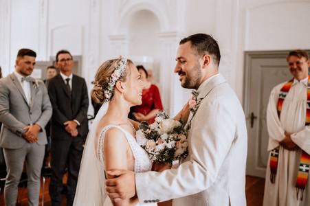 Hochzeit von Laura und Robin am 24.07.2021_Trauung_00026.jpg