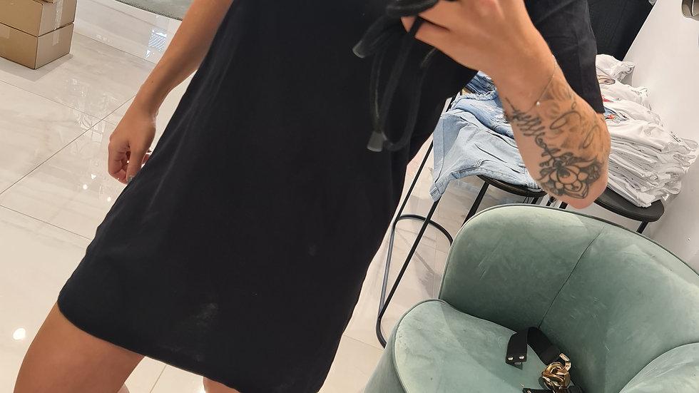 EINZIGARTIG. T-Shirt Kleid