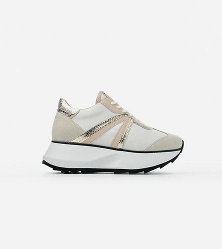 Women Sneakers Chelsea - White Gold