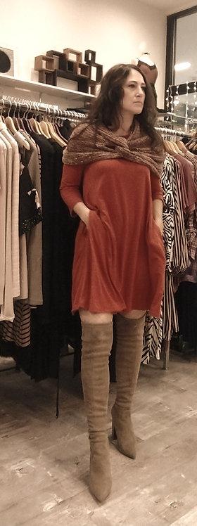 Zenana tunic v neck