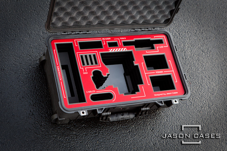 CM8A4004-red-epic-w-scarlet-w-weapon-raven-dsmc2-case
